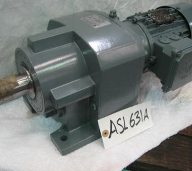 0.37/0.43 Kw, Nord Gearbox. Type Sk573.1-71l/4 No. 4509.359160.00. Output Speed 28rpm.
