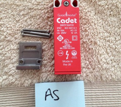 Guard Master Cadet Safety Switch. RS stock No 357-9341.
